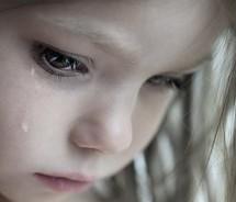 http://www.google.gr/imgres?imgurl=http%3A%2F%2Fwww.hawaiiparents.org%2Fwp-content%2Fuploads%2F2013%2F12%2FSad-Girl.jpg&imgrefurl=http%3A%2F%2Fwww.hawaiiparents.org%2Fstop-child-abuse-donate-now&h=184&w=215&tbnid=8nygLL8ML9XDiM%3A&zoom=1&docid=sLHRALSjYw63HM&ei=spJ8U6z6EMrg4QTL0IDABg&tbm=isch&ved=0CJUBEDMoODA4&iact=rc&uact=3&dur=894&page=3&start=42&ndsp=26